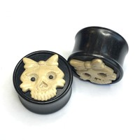 "1"" Happy Death Head Black Dogwood Plug with Coffee Wood Mask - Style 5"