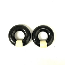 "2g 3/8"" Black Water Buffalo Horn Captive Rings with Bone Segment"