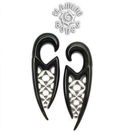 Black Water Buffalo Horn Ona-Gani Lattice Hooks with Silver Accents