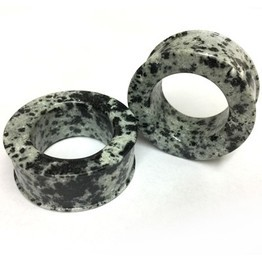 Classic Eyelets in Dalmatian Agate